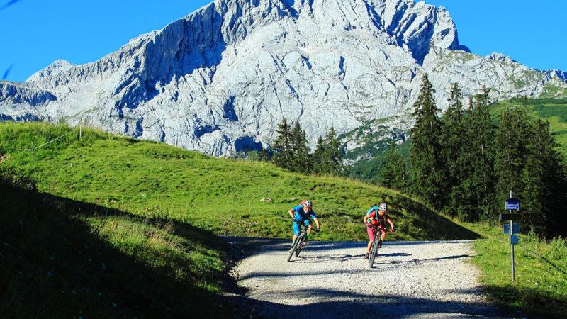 Schotter - Fahrtechnik Garmisch Mountainbike Training