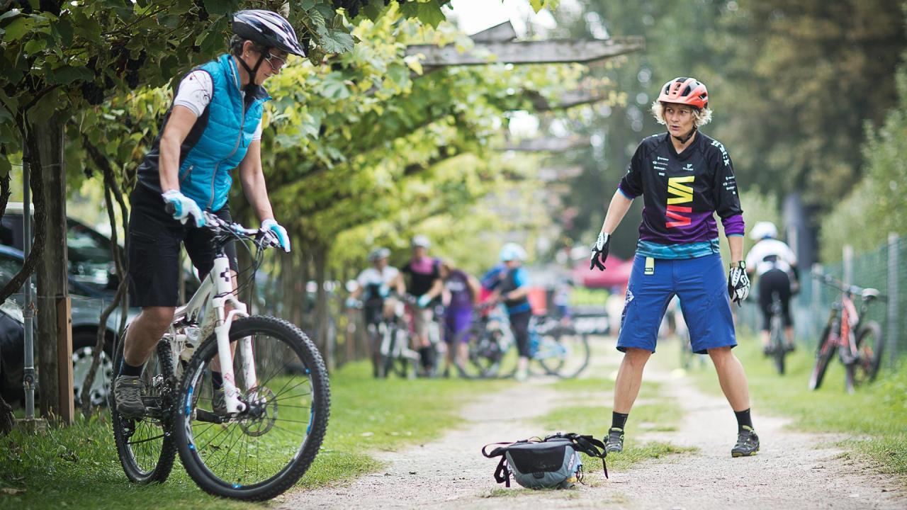 Kurventechnik und Bikeposition - Fahrtechnik Camp Women