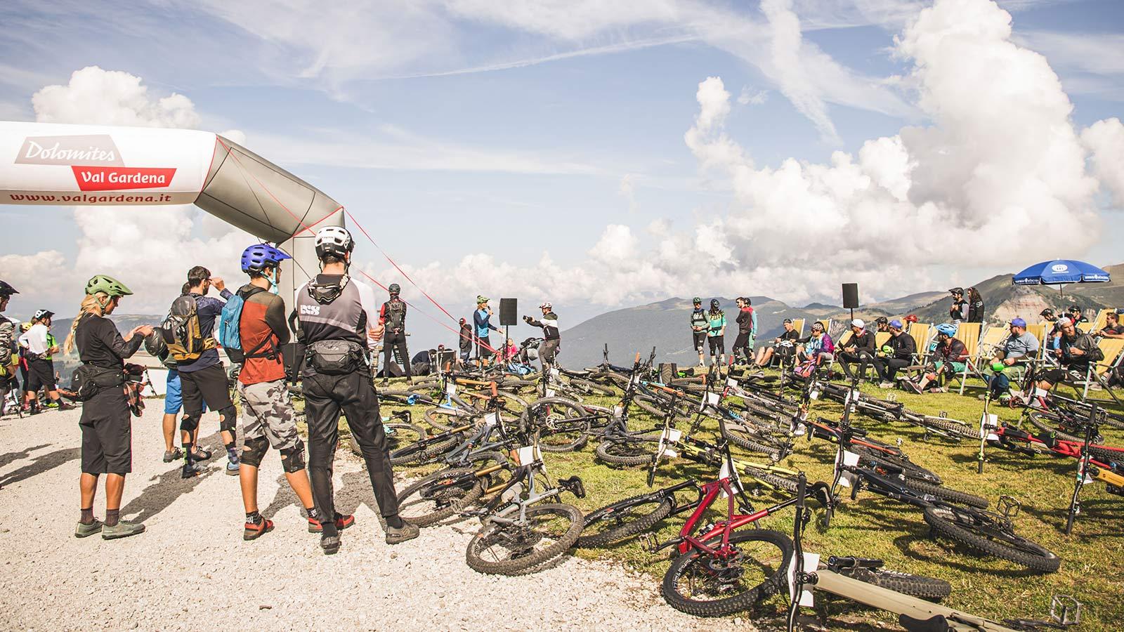 Event Knödeljagd 2021 Gröden Val Gardena - Startvorbereitung